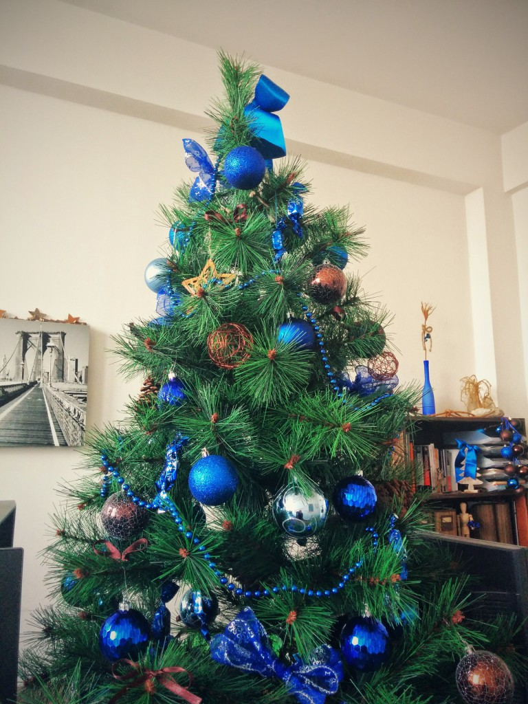 cobalt christmas tree