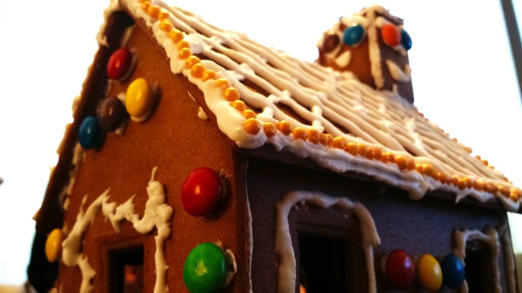 Cobalt Sign Christmas Gingerbread