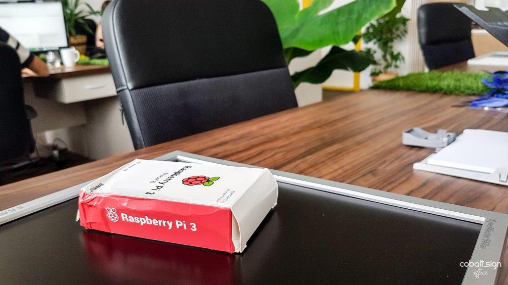 cobalt sign office raspberry