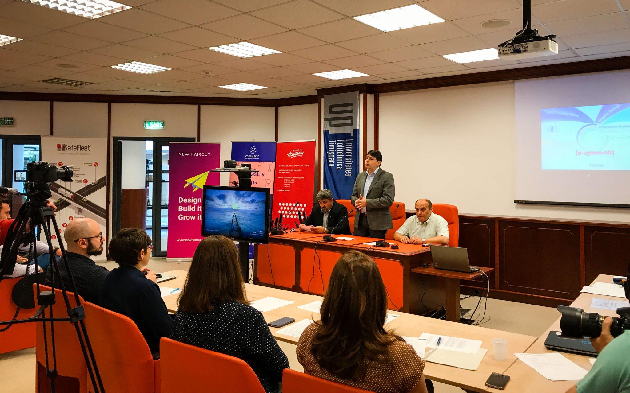 Cobalt Sign partner at the digital media contest-1