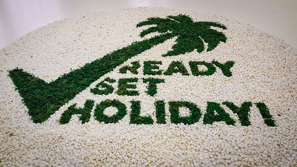 DIY App Logo for Ready Set Holiday!